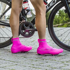 GripGrab RaceAero Hi-Vis Lightweight Lycra Surchaussures en lycra légères et haute visibilité, pink